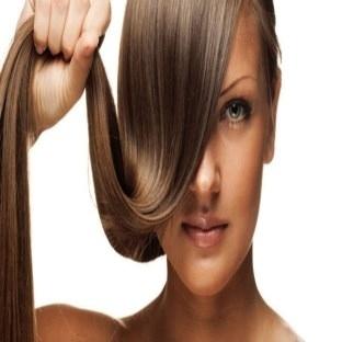 Bakımlı saçlar için doğal maske