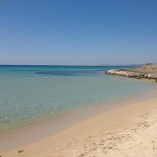 Berrak Ötesi Bir Deniz; Çeşme Altınkum Plajı