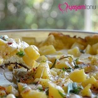 Kahvaltılık Tarifler: Patatesli Omlet