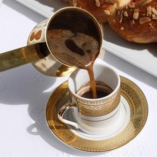 Kilo Vermek ve Uzun Yaşamak için Türk Kahvesi