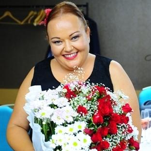 Özlem Mekik' e Süpriz Doğum Günü Partisi