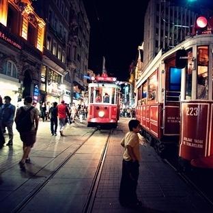 İstanbul ' da Neler Yapılır ?