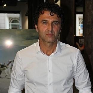 Vahap Avşar'ın 'Kayıp Gölgeler' sergisi