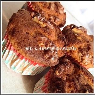 Yaban Mersinli Cevizli Tarçınlı Muffin