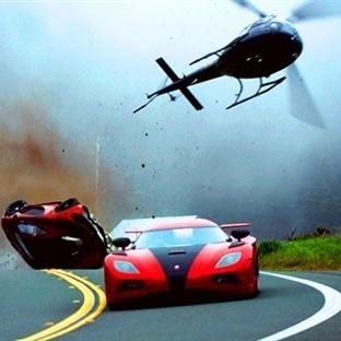 Filmlerde Parçalanan En Lüks 9 Araba