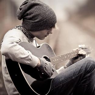 Gitar Çalmak Hayal Olarak Kalmasın