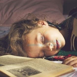 Kitap Okurken Neden Uyku Gelir?