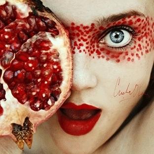 Meyvelerle Makyaj