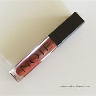 Note Mattemoist Lip Gloss - 408 Femme Fatale