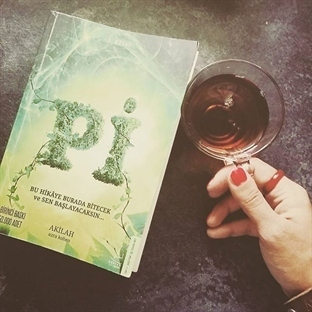 Pi - Azra Kohen - Kitap Yorumu