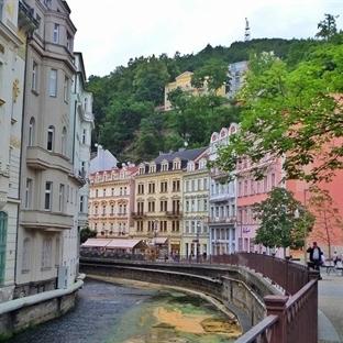 Şifalı Sularıyla Ünlü Karlovy Vary