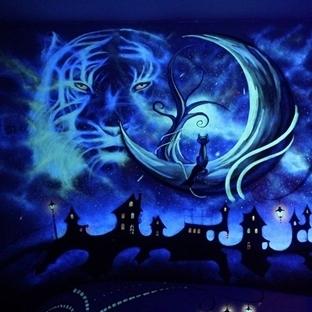 Ultraviyole Boya ile Sanat
