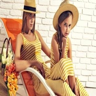 Yeni trend aynı giyinen anne-kızlar
