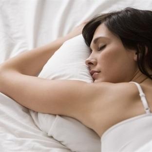 Aşırı uyku kilolara davetiye demek