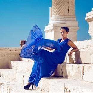 Büyük Beden Kadın Modasında Abiye Şıklığı
