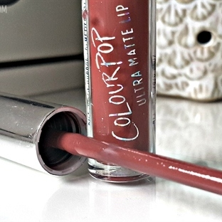 "Colour Pop Ultra Matte Lip ""Chilly Chili"" İnceleme"