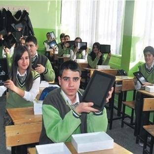 E-Tab'lar Öğrenciler Tarafından Satılığa Çıkarılıy