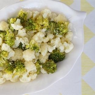 Ekşili Karnabahar ve Brokoli Salatası (Videolu Tar
