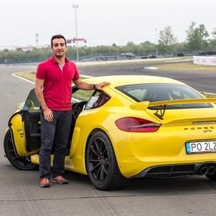 En Hızlı Porschelerle Pistte Hızlı Bir Gün