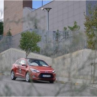 Hyundai i20 Coupe. Mahallenin Yakışıklısı.