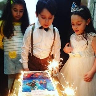 ikizlerin 7 yaş doğum günü partisi
