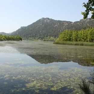 Isparta Gezilecek Yerler: Kovada Gölü