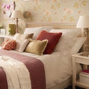 Rahat bir uyku için yatak odası dekorasyonları