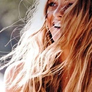 Saçlarınızın Sağlıkla Parlamasını İstiyorsanız...