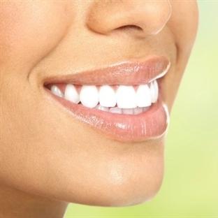 Sağlıklı Gülüşlerin Düşmanı Olan 10 Alışkanlık