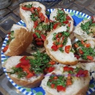 Sarımsaklı Biberli Ekmek