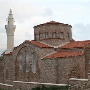 İstanbul Gezilecek Yerler: Küçük Ayasofya Camii