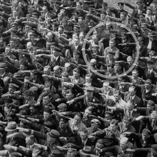 Tarihe Olan Bakış Açınızı Değiştirecek 12 Fotoğraf