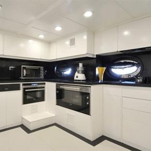 Teknelerin Beyaz Mutfakları