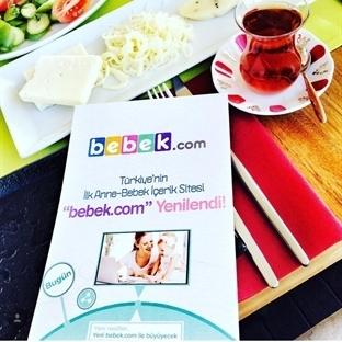 Türkiye'nin İlk Anne&Bebek Sitesi Bebek.com YENİL