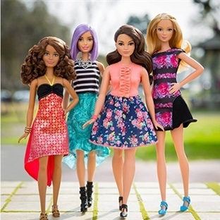 Yeni Barbie Bebekler Artık Daha Kıvrımlı