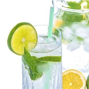 Su İçmenin Faydaları Saymakla Bitmez