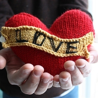 Aşkınıza Anlam Katacak Sevgililer Günü Hediyeleri