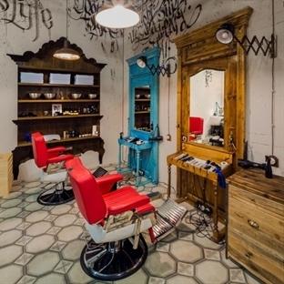 B&V Studio'dan Moskova'da Black Beard Berber Salon