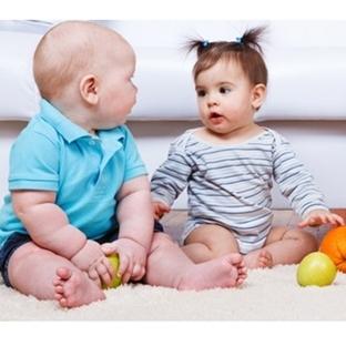 Bebeklikten Çocukluğa Ay Ay Sosyal Gelişim