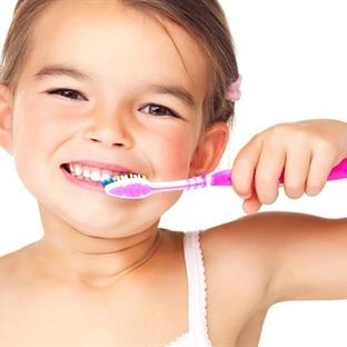 Çocuklarınızı Dişçiye Götürmenin En Kolay Yolu