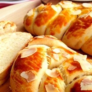 Ev Yapımı Paskalya Çöreği Tarifi