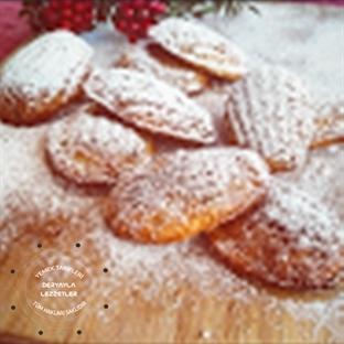 Fıstık Ezmeli Madlen Kek (Madeleines)
