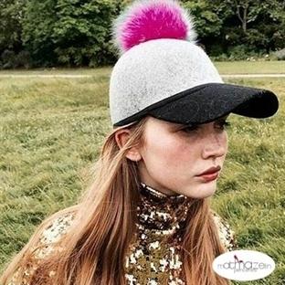 Sezonun Son Trendi: Ponponlu Şapkalar