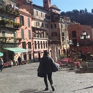 İtalya'nın Romantik Kasabası Lago di Nemi…