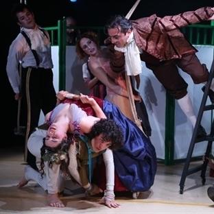 Tatavla Tiyatro Şubat'ı Üç Oyunla Uğurluyor!