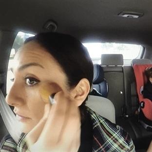Video: Arabada Makyaj Yapmanın Püf Noktası