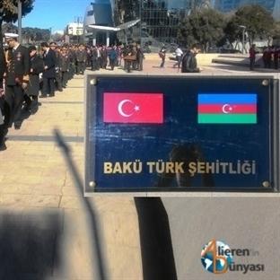 Azerbaycan Bakü Türk Şehitliği'nde Anma Töreni