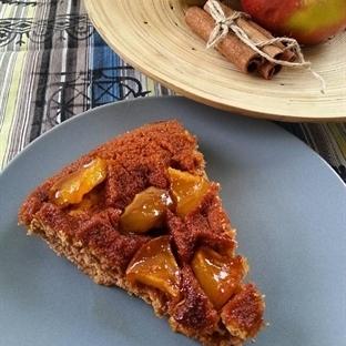 Elmalı Ters Yüz Kek (Tava Keki)
