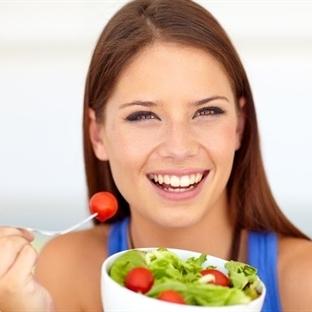 Yaz Aylarında Sağlıklı Beslenme Önerileri