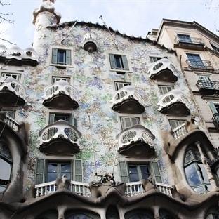 Barselona'da Kemikler Evi!CASA BATLLO